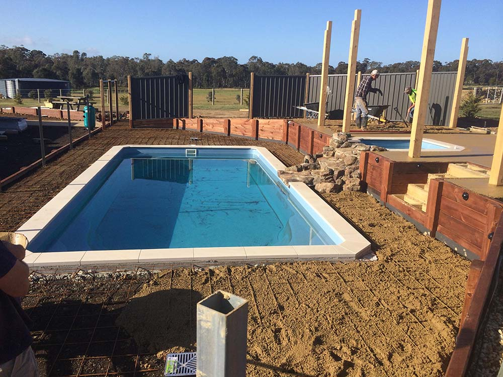 AJAY_Designer-Homes_outdoor-pool2